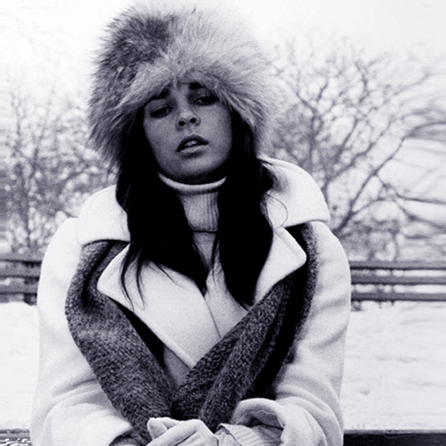 Love means never having to say you're freezing to death. It's all about the hat, Pretty.