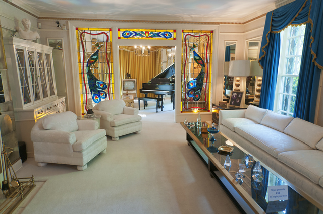 Graceland-Living-Room-149696813