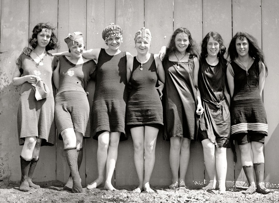 bathing costumes of the 20s
