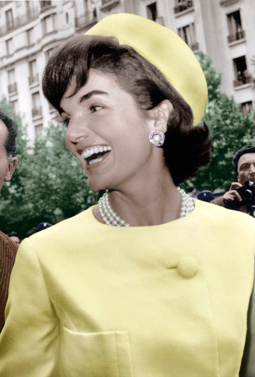 035-jackie-kennedy-theredlist